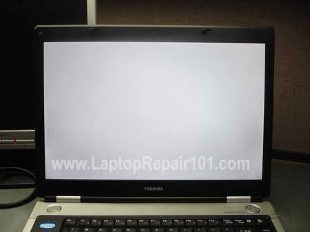 acer aspire v5 screen blinking