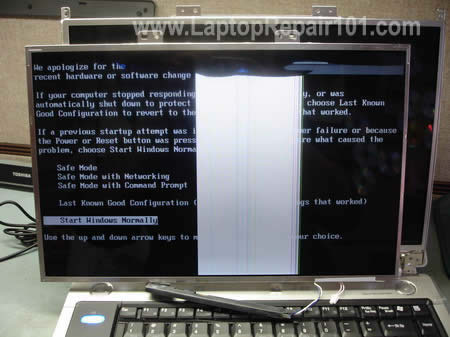 Test laptop with another LCD screen